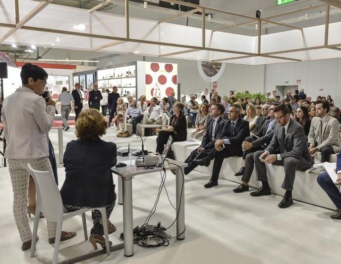 意大利米兰国际秋季家居及消费品展览会_现场照片