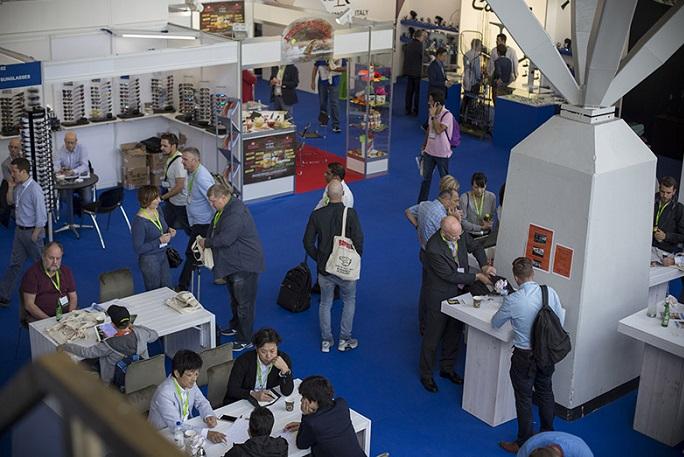 比利时布鲁塞尔国际渔具贸易展览会_现场照片