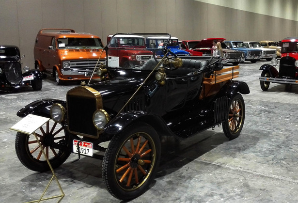 阿联酋阿布扎比国际改装车展览会