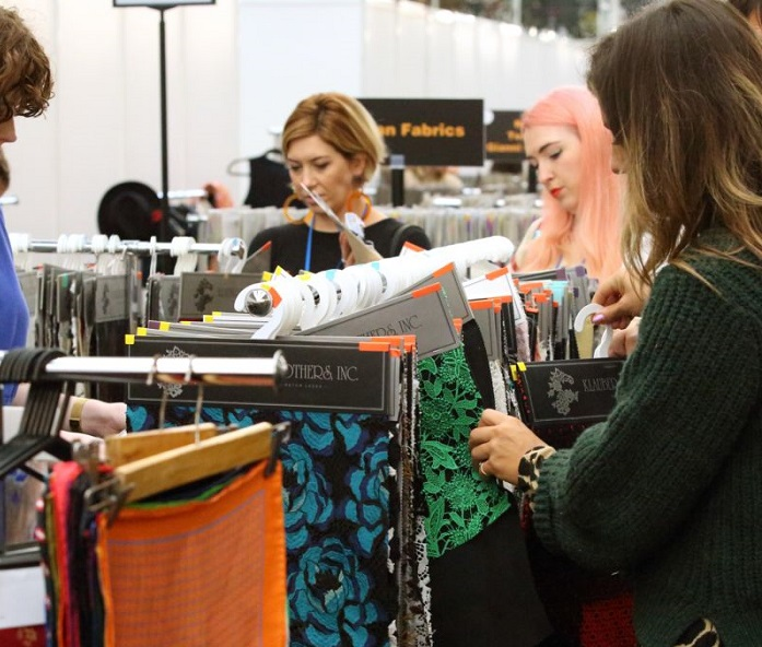 英国伦敦国际春季服装及面辅料采购展览会_现场照片