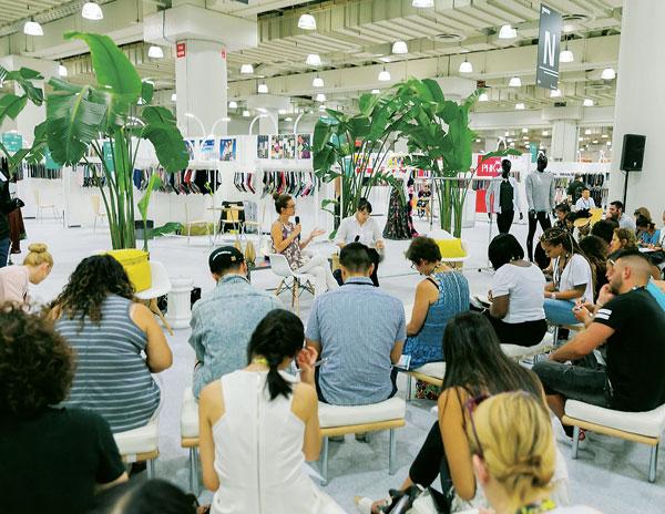 美国纽约国际秋季服装面料采购展览会_现场照片