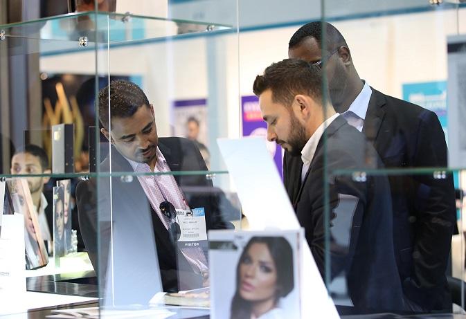 中东迪拜国际光学眼镜展览会_现场照片