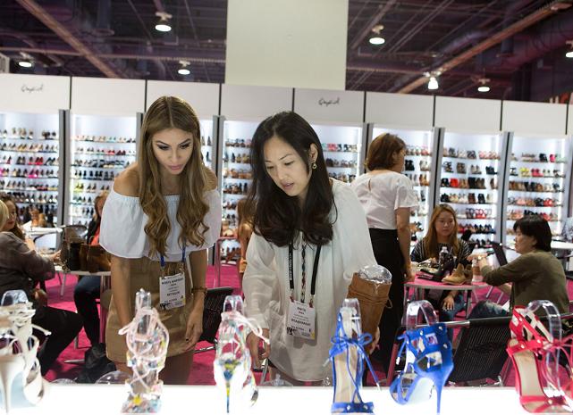 美国拉斯维加斯国际春季纺织服装鞋类展览会_现场照片