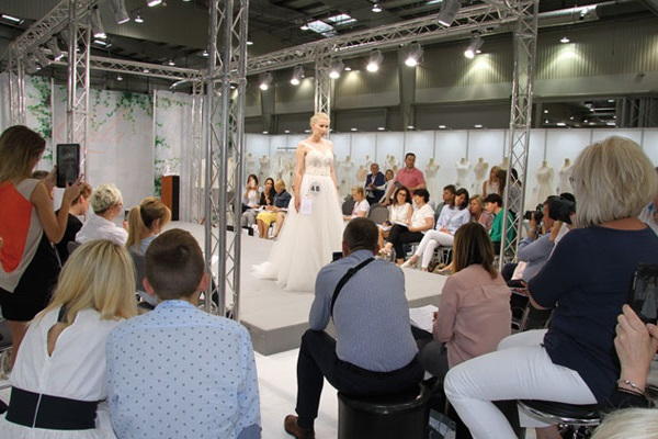 波兰华沙国际时尚婚纱礼服展览会